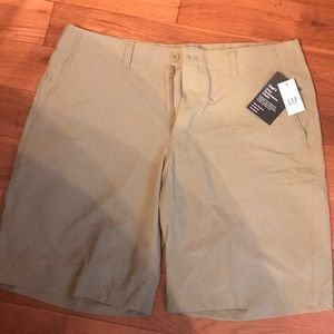 GapFit Drive Performance Khaki Shorts